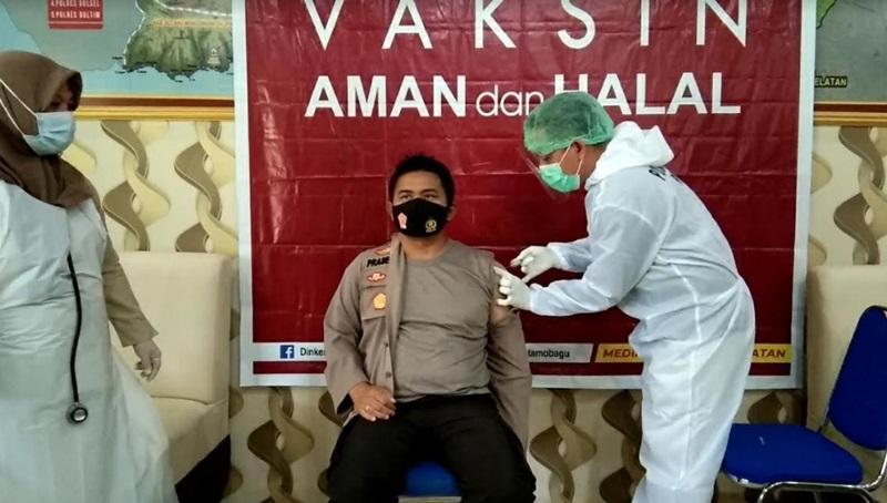 Usai Jalani Vaksinasi Covid-19, Kapolres Kotamobagu Ceritakan Reaksinya