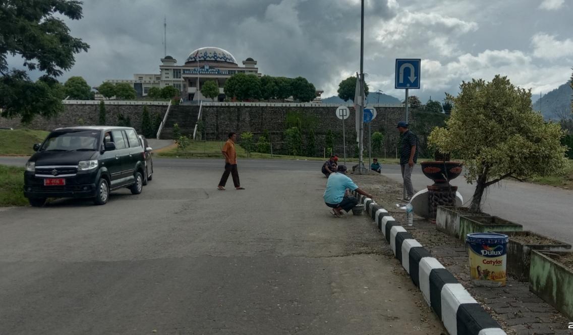 Wajah Ibukota Boltim Mulai Tertata dan Bersih