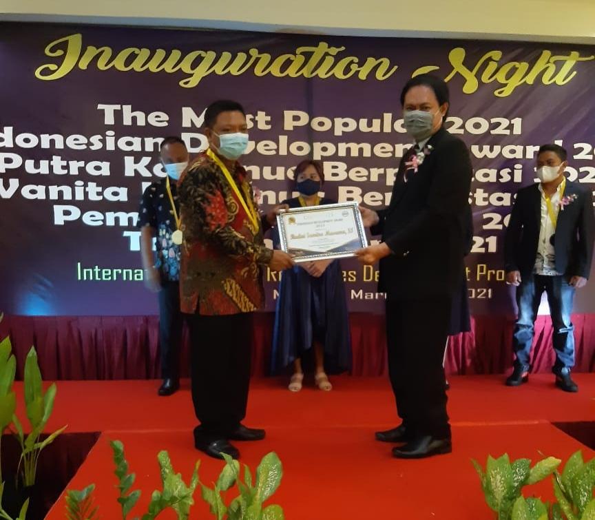 Rudini Masuara Raih Penghargaan IHRDP