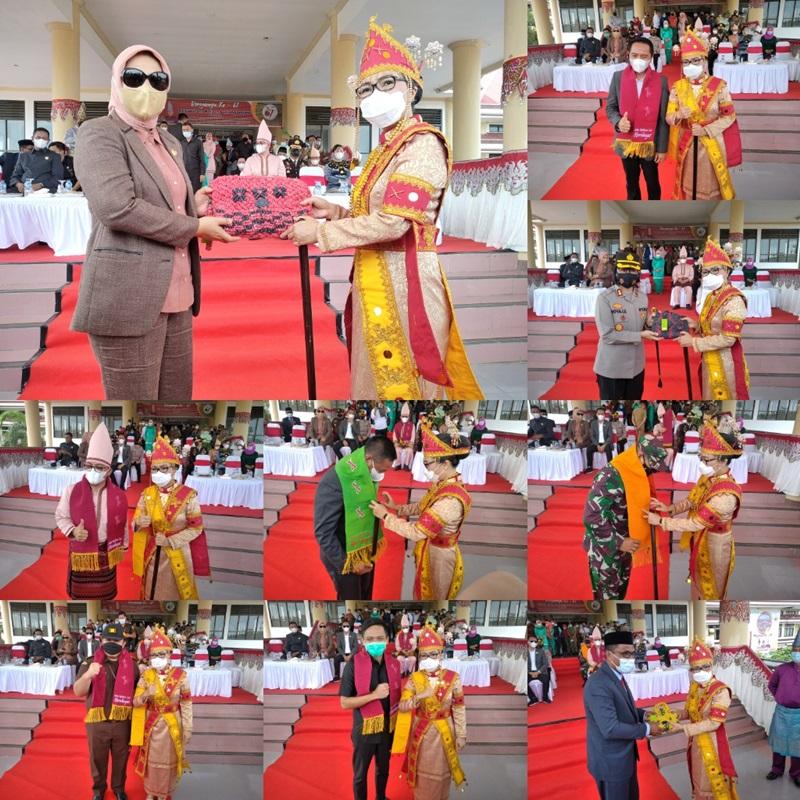 Bupati Bolmong Launching Kerajinan Tangan Berbahan Dasar Serat Daun Nenas