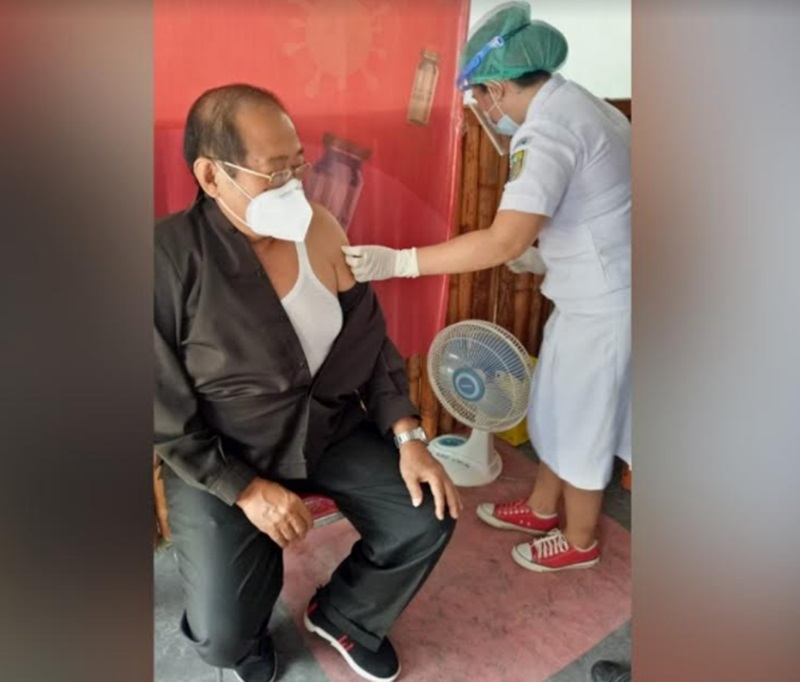 Ketua DPRD Bolmut Tak Rasakan Kelainan Setelah di Vaksin