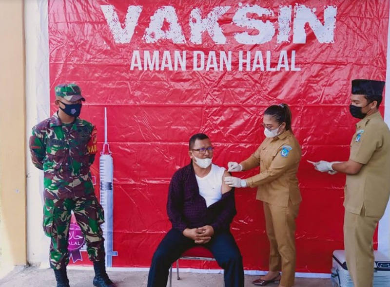 Anggota DPRD Bolsel Jalani Vaksinasi Covid-19