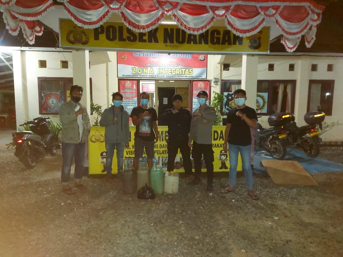 Gelar Operasi Yustisi di Kecamatan Motongkad, Polsek Nuangan Sita Babuk Puluhan Liter Miras