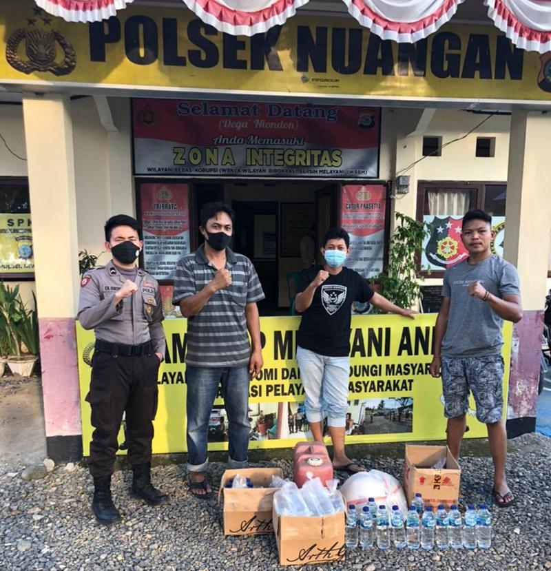 Razia di Desa Matabulu, Polsek Nuangan Amankan Puluhan Liter Miras