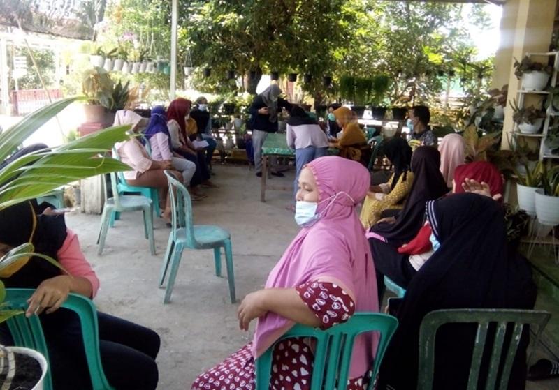 Usulan Musrenbang Diakomodir, Kelompok Usaha Perempuan di Bolmong Terima Bantuan