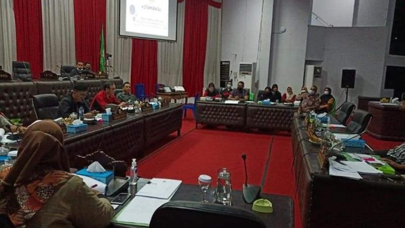 Pansus Bentukan DPRD Kotamobagu Bahas LKPJ Wali Kota
