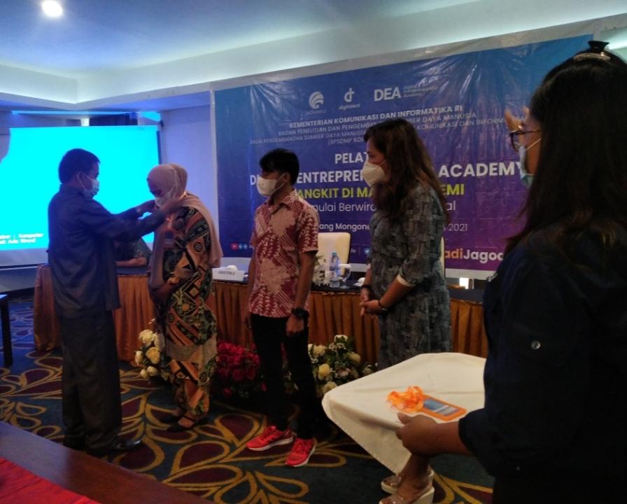 Wakili Bupati Bolmong, Asisten II Buka Pelatihan DEA bagi Pelaku UMKM