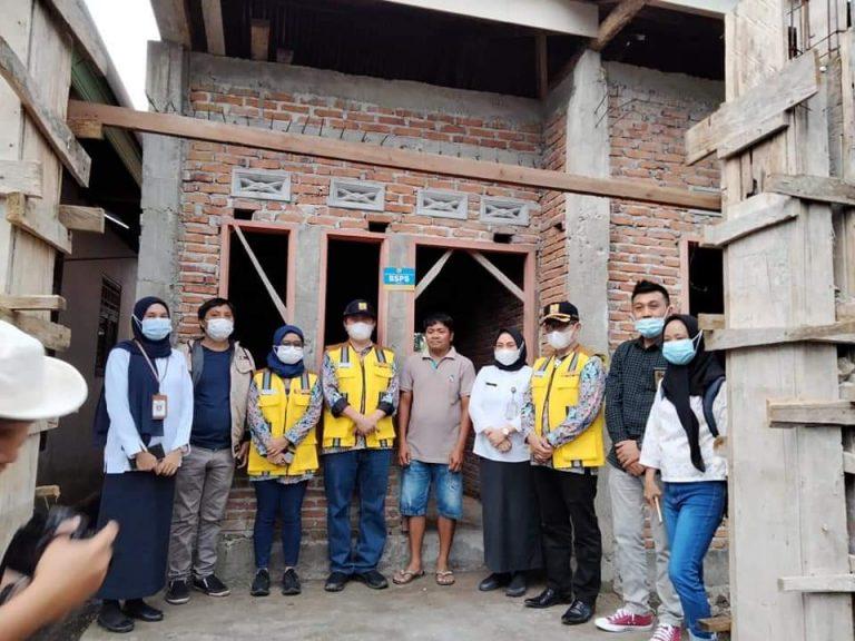 Sejumlah Rumah Yang Dibangun Lewat BSPS di Kotamobagu Ditinjau Tim Kementerian PUPR