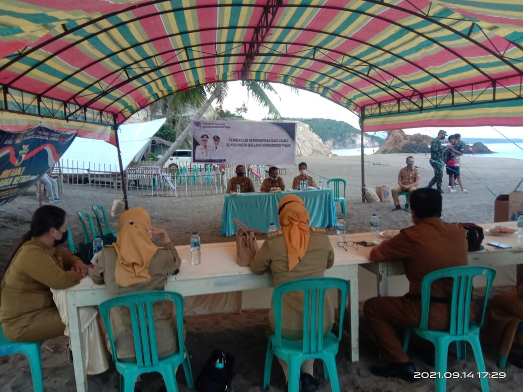 Tujuh Camat di Boltim Dapat Pembekalan Khusus Kepemimpinan dari Bupati